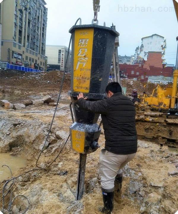 湖南湘潭房屋建设土石方开挖静态劈石机利润翻倍