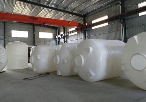 4噸滾塑容器