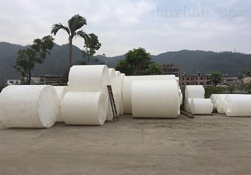 5噸滾塑容器