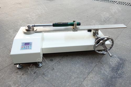 双量程扭矩扳手测试仪