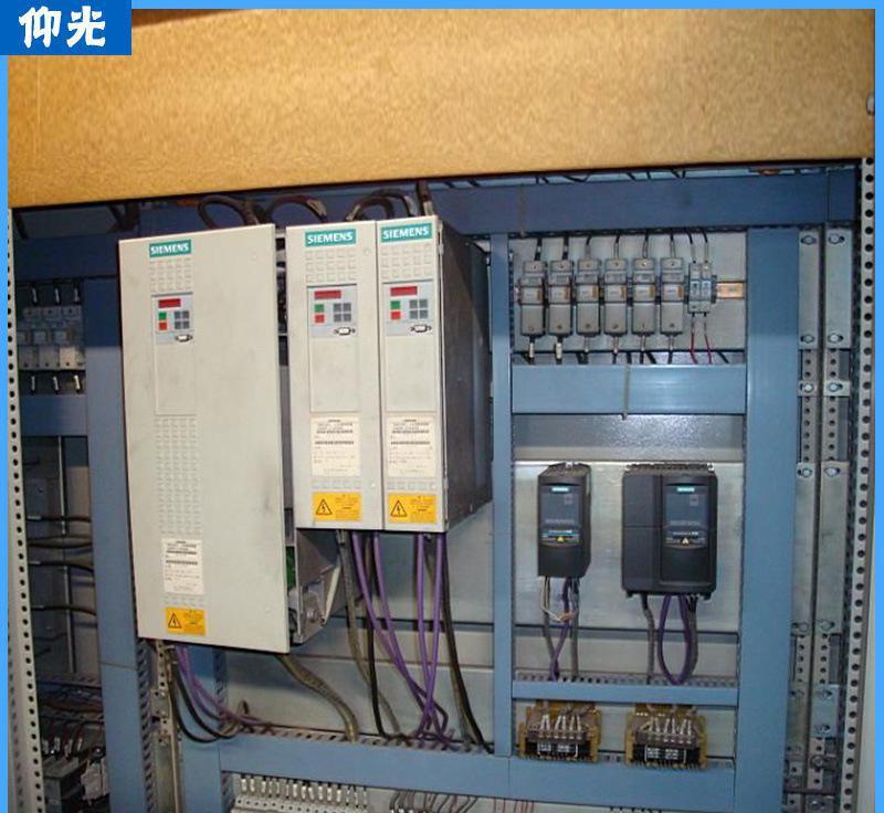 引起驱动电路及开关电源大面积烧坏,此外预充电回路损坏也是常见故障