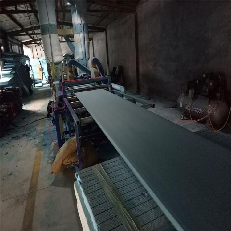 钢结构屋面,彩钢瓦,墙体保温系统,冷库冷藏车,复合风管,地板辅材地垫