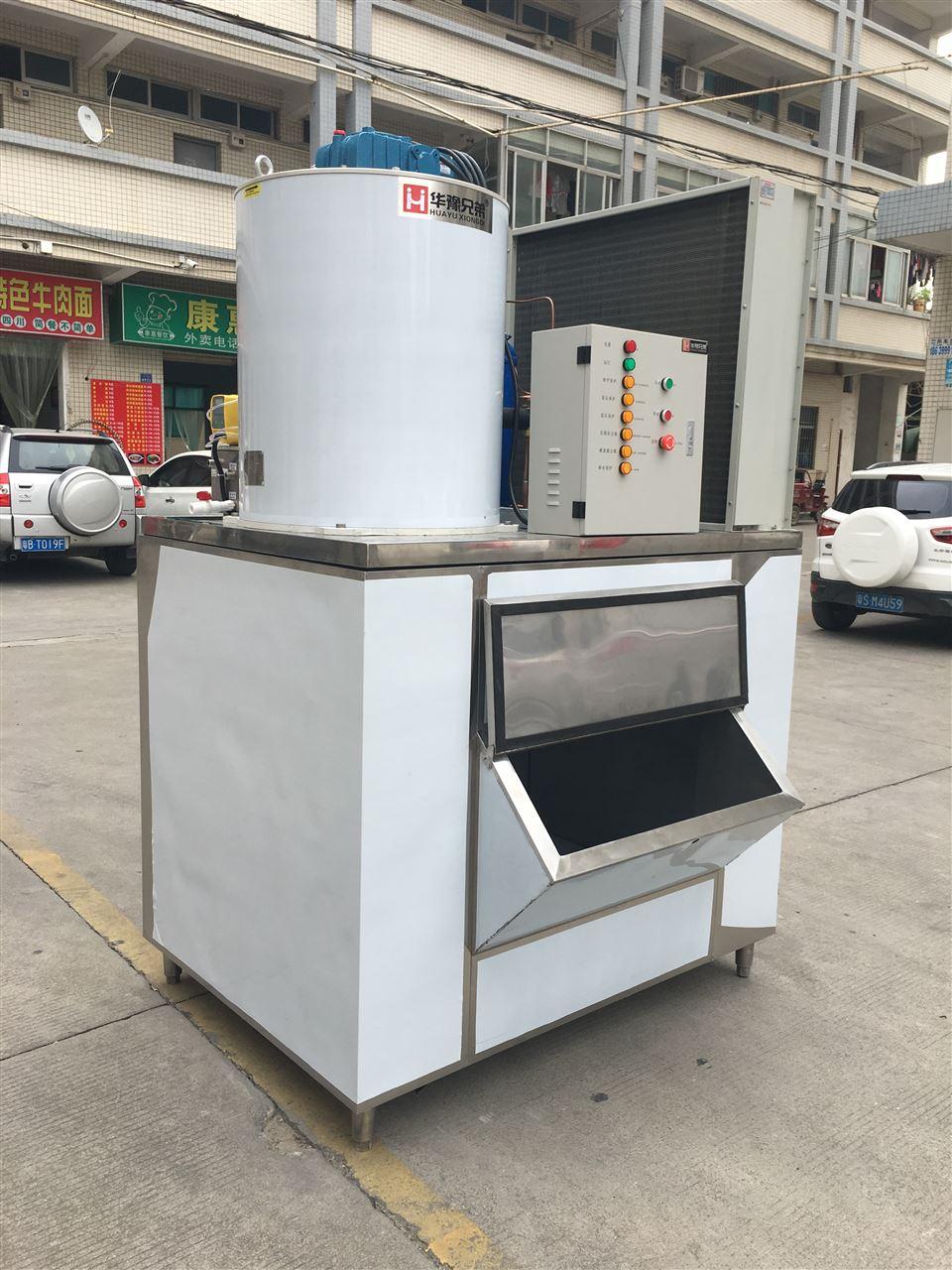 控制系统采用全自动微电脑控制,通过plc可编程控制器对制冰机进行开